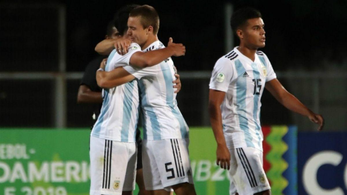 [VIDEO] Argentina vence a Uruguay y animará lucha por acceder a fase final del Sudamericano