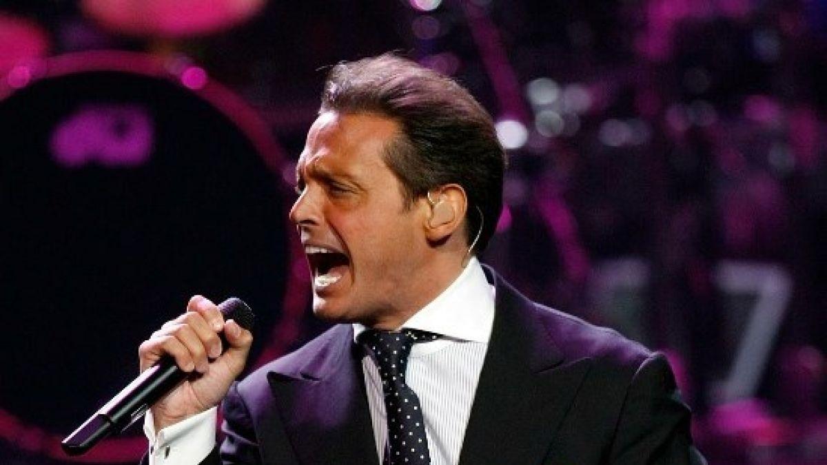Luis Miguel gana un Grammy por '¡México por siempre!'