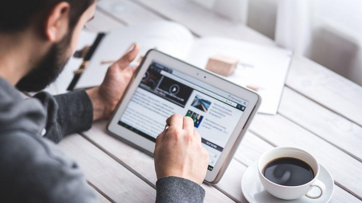 ¿Buscas trabajo?: la oferta de empleos de verano en internet