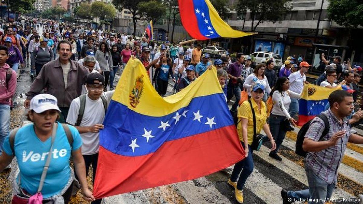 Resultado de imagen para 13 países se reúnen en Uruguay para buscar una salida a la crisis en Venezuela