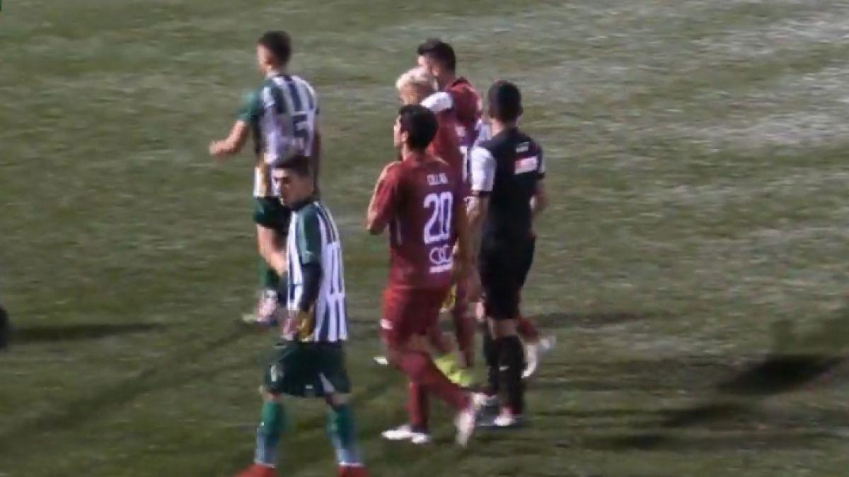 [VIDEO] La absurda expulsión de Juan Carlos Gaete jugando por Santa Cruz