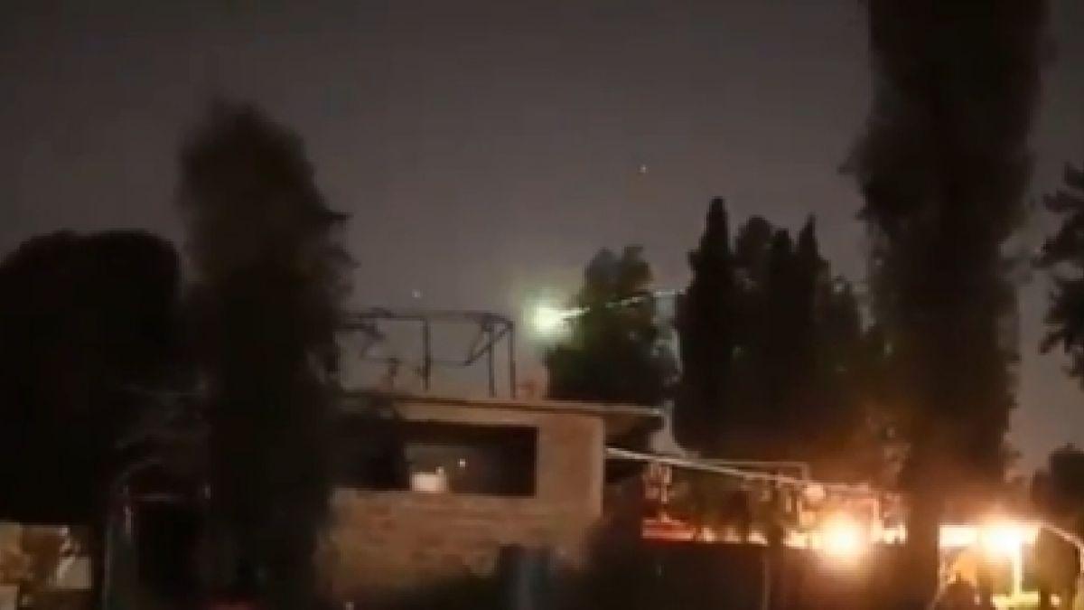 Captan presunto meteorito cruzando el cielo de Venezuela