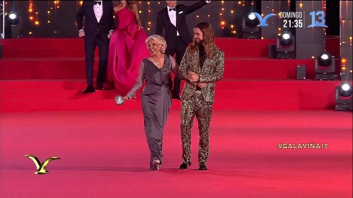 4b14b12af  FOTOS  El extravagante traje con que Jean Philippe Cretton deslumbró en la  Gala de