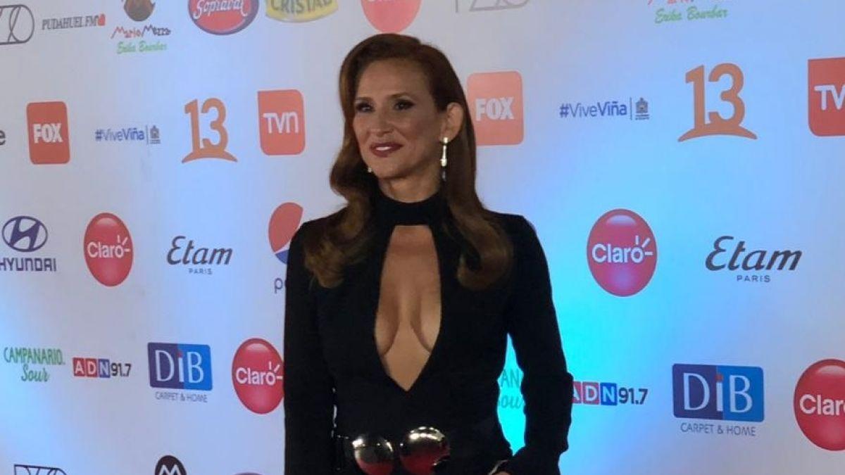 Gala Vina 2019 Sigrid Alegria Sorprende Con Infartante Escote Tele 13