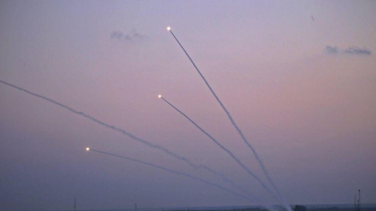 Así interceptaron un cohete que sobrevolaba Tel Aviv, Israel