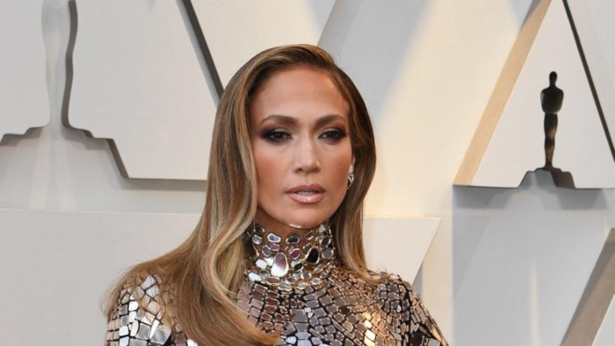 Demandan a Jennifer Lopez por presunto plagio