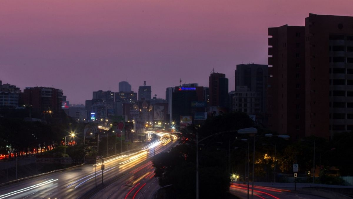 Masivo corte de electricidad afecta a Argentina y Uruguay
