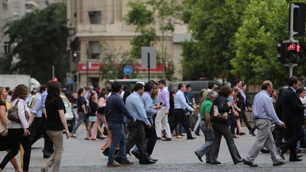 DF Estudio Ipsos revela mejor ánimo de los chilenos sobre la economía local