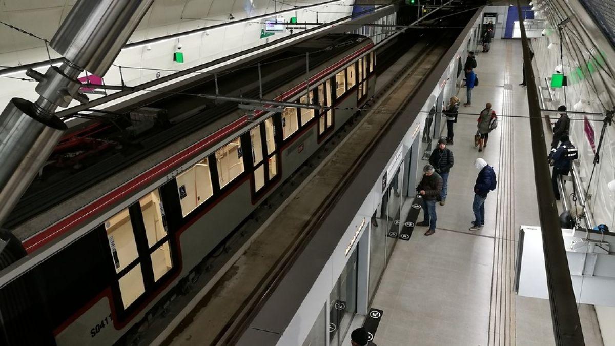 Diputados aprueban proyecto que suspende alza en precio del Metro: este lunes se vota en el Senado