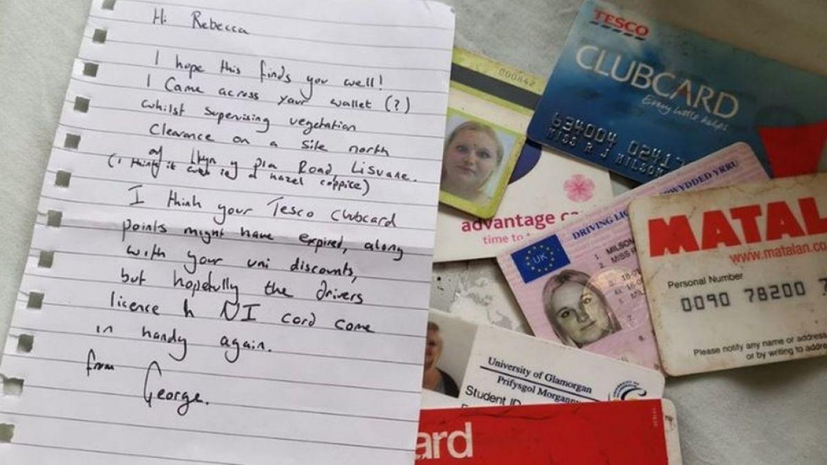 La mujer que recibió el contenido de su cartera 10 años después de que se la robaran