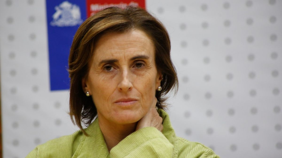 Partido Socialista estudia acusación constitucional contra ministra Marcela Cubillos