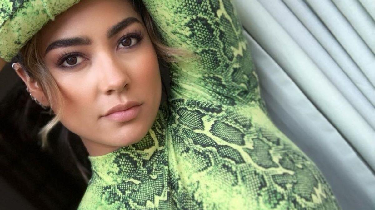 [FOTOS] Camila Recabarren sorprende a sus seguidores con colorido cambio de look