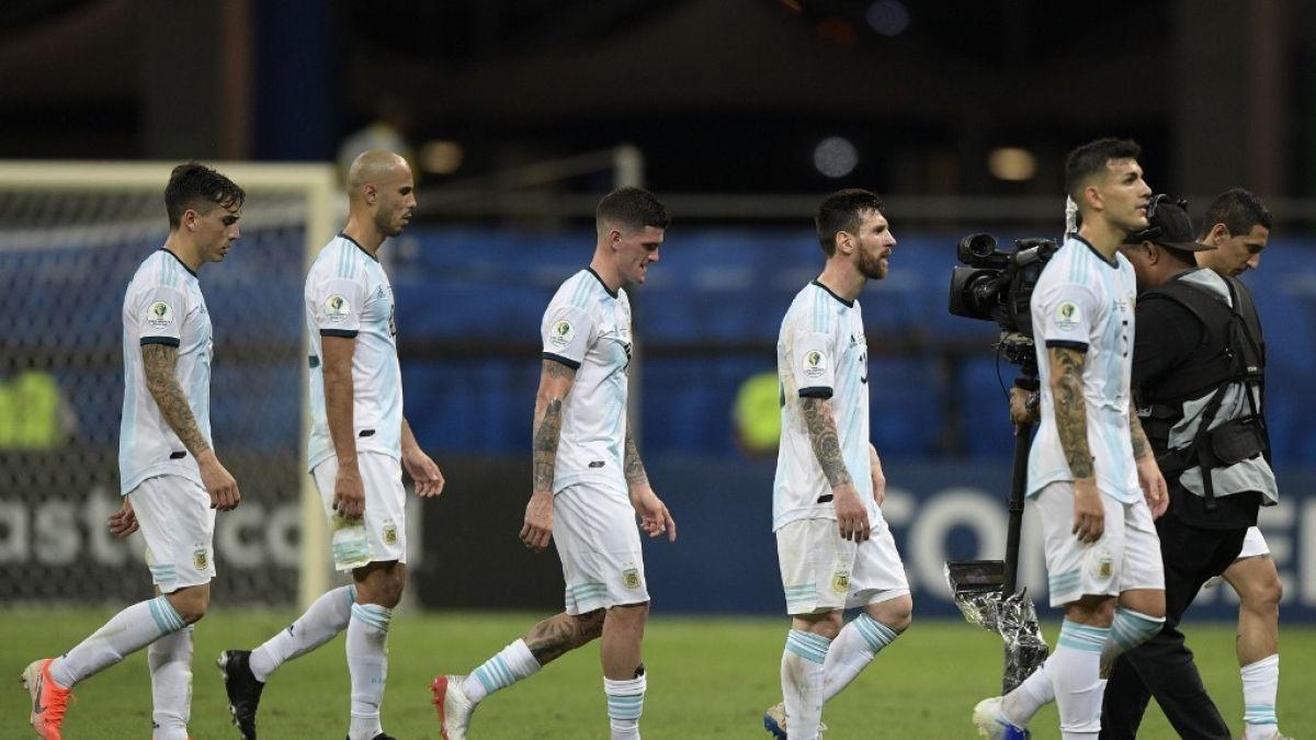 A quién le echamos la culpa: La reacción de los periodistas argentinos tras derrota ante Colombia