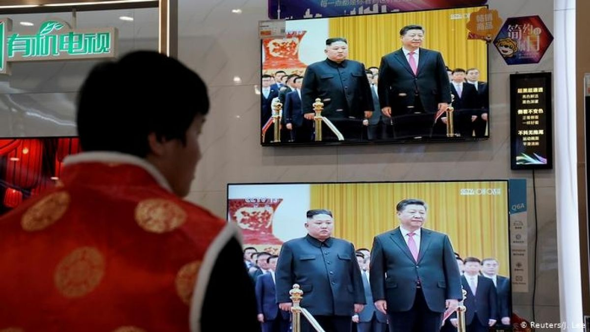 Presidente chino Xi Jinping llega a Corea del Norte en visita oficial
