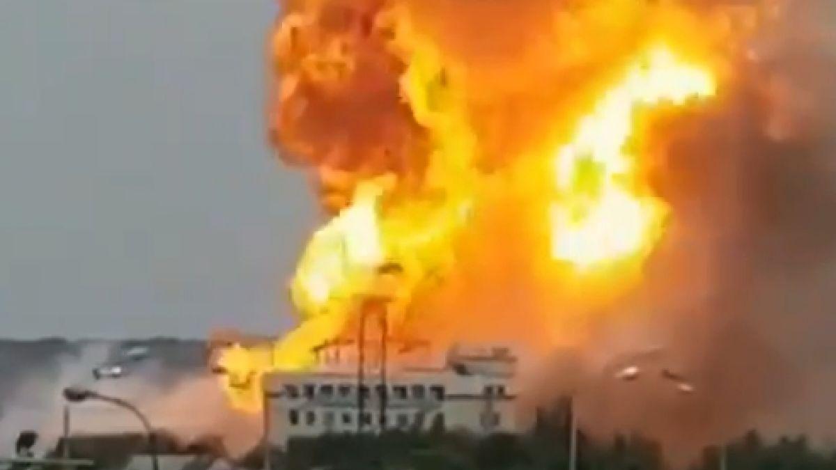 Gigantesco incendio en central térmica deja al menos siete heridos en Moscú