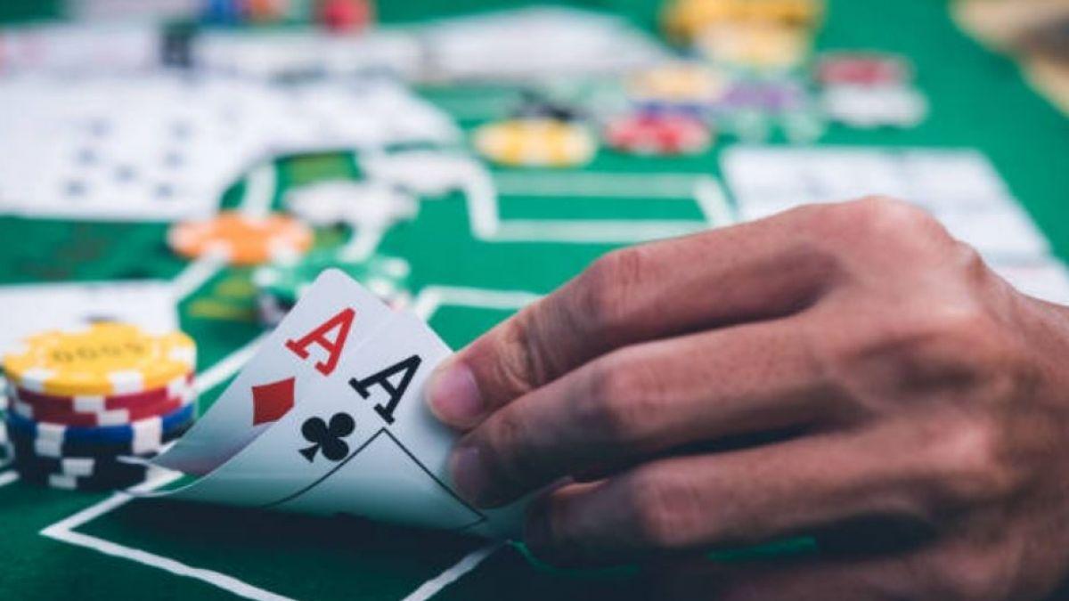De manera inédita, la inteligencia artificial gana en partida de póquer de seis jugadores