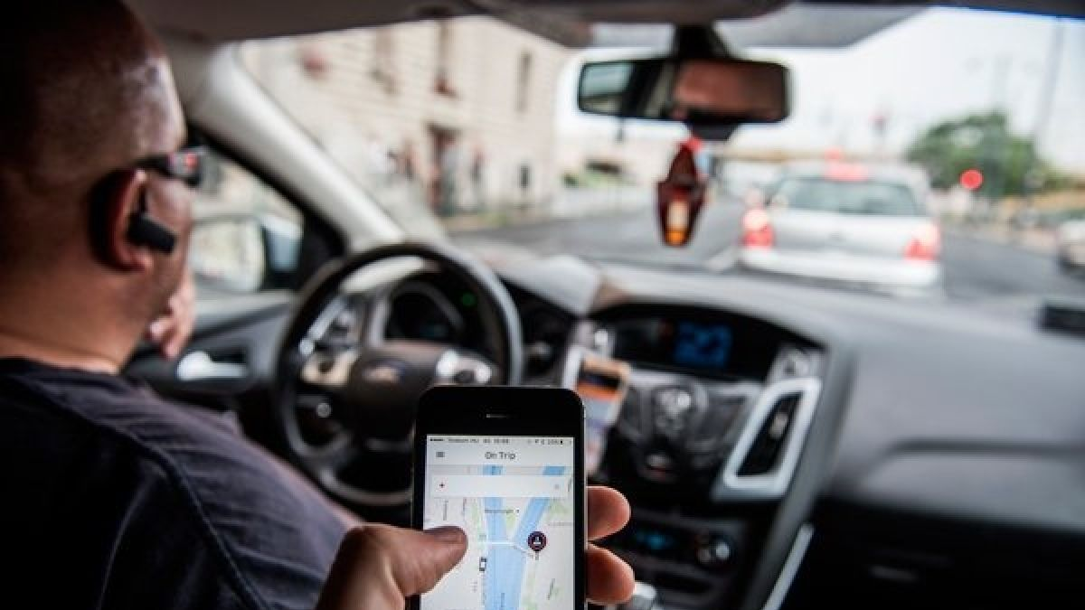 DF Uber inicia ofensiva por regulación en Chile: 80% de usuarios perderá acceso a pedir viajes