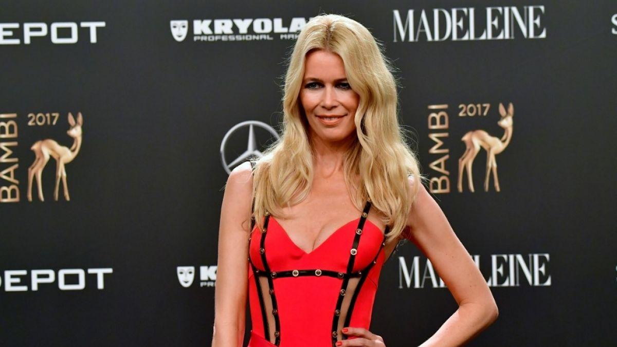 Claudia Schiffer Posa Desnuda A Sus 48 Años Para Vogue Tele 13