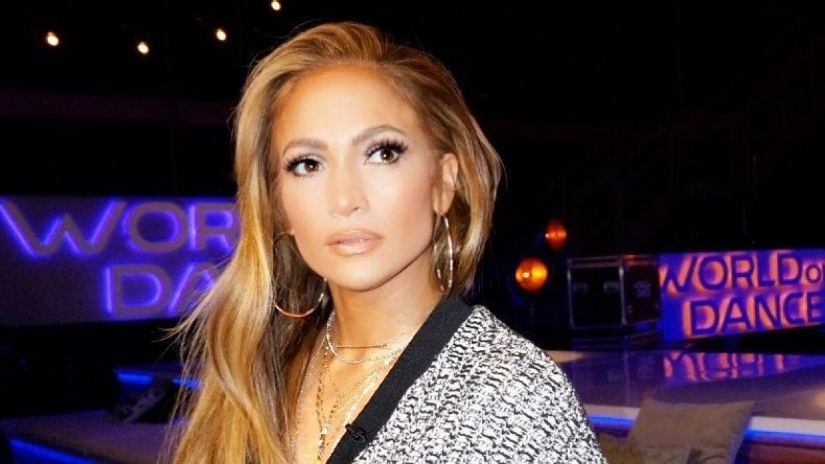 [FOTO] Jennifer Lopez saca aplausos con osado traje de baño durante sus vacaciones en Europa