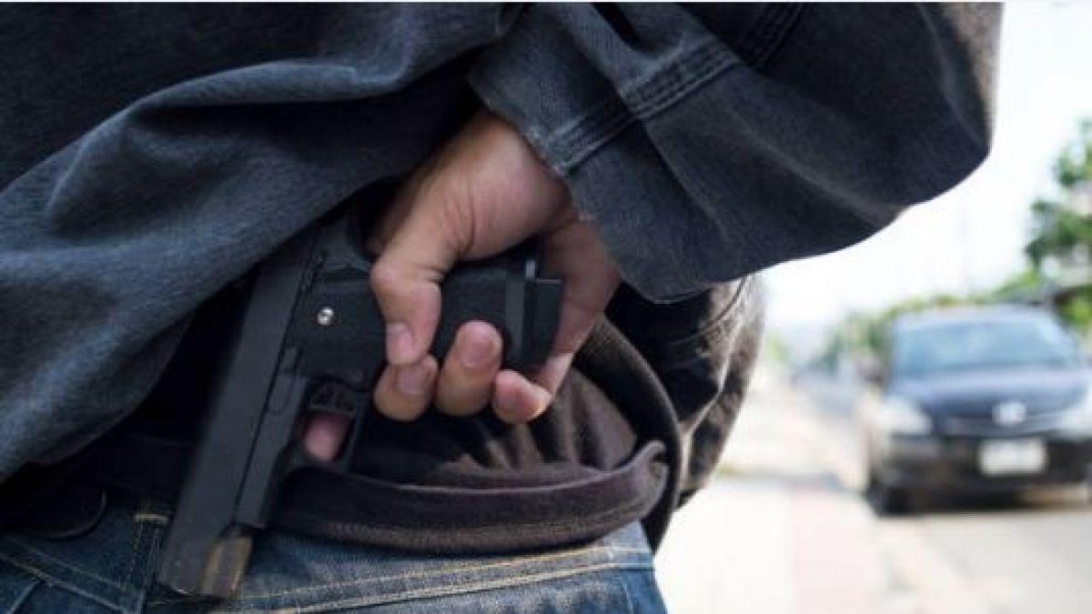 Las alarmantes cifras del porte de armas en Chile: Existe un arma por cada 24 personas