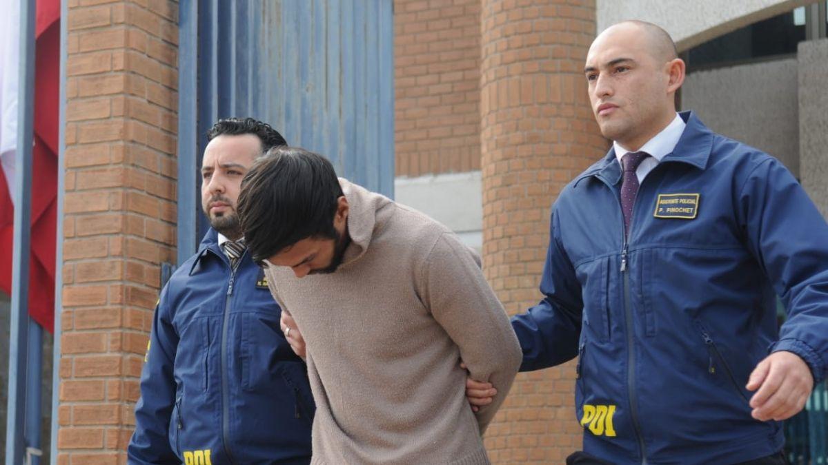 PDI detiene a uno de los tres convictos que se fugaron de Colina 1