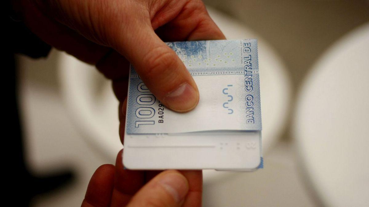 Fonasa inicia pago de devoluciones: Averigua con tu RUT si tienes dinero pendiente