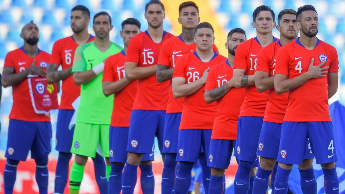 La lamentable postal en el partido de Chile frente a Guinea en Alicante