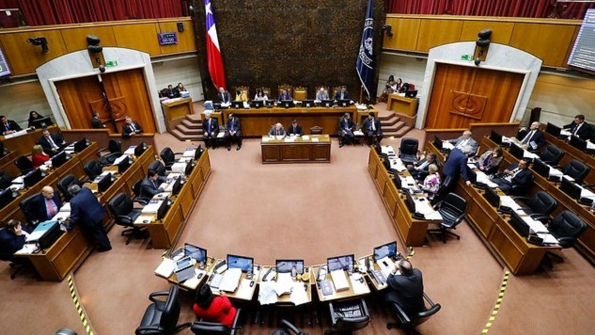 Protestas en Chile: Qué sueldo reciben las autoridades y cómo se comparan con el sueldo mínimo