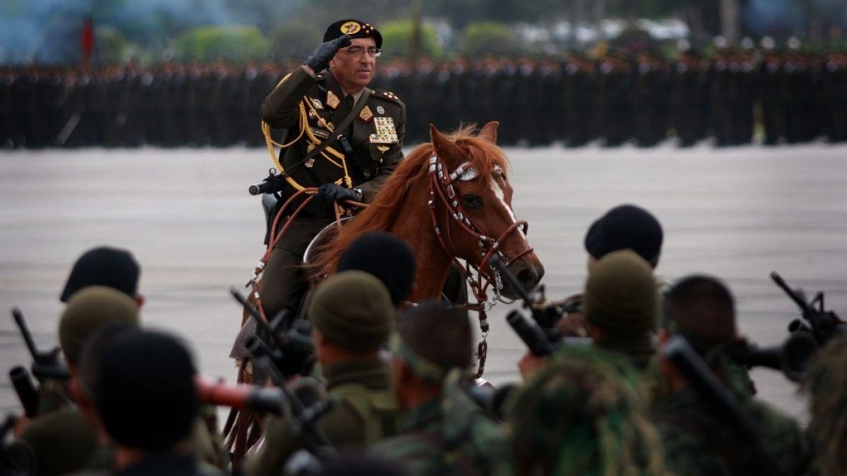 Policía de Perú captura a prófugo exjefe militar, sentenciado por corrupción