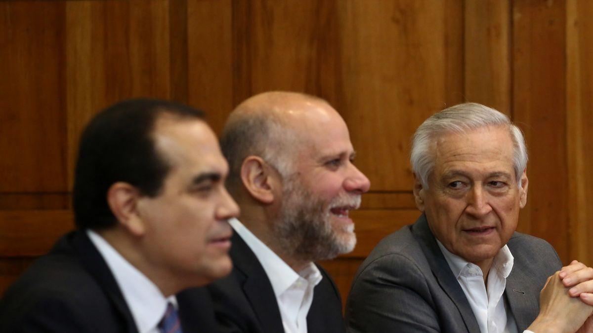 Nueva Constitución y plebiscito: Oposición entrega contrapropuesta a Gobierno por agenda social