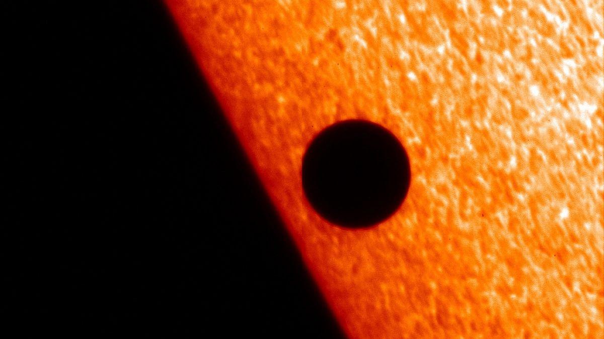 Resultado de imagen para mercurio transito delante del sol 2019