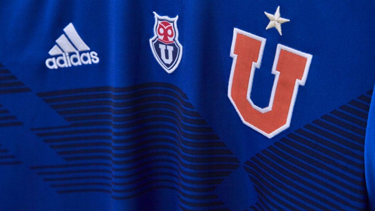 [FOTOS] Universidad de Chile lanza nueva camiseta de colección