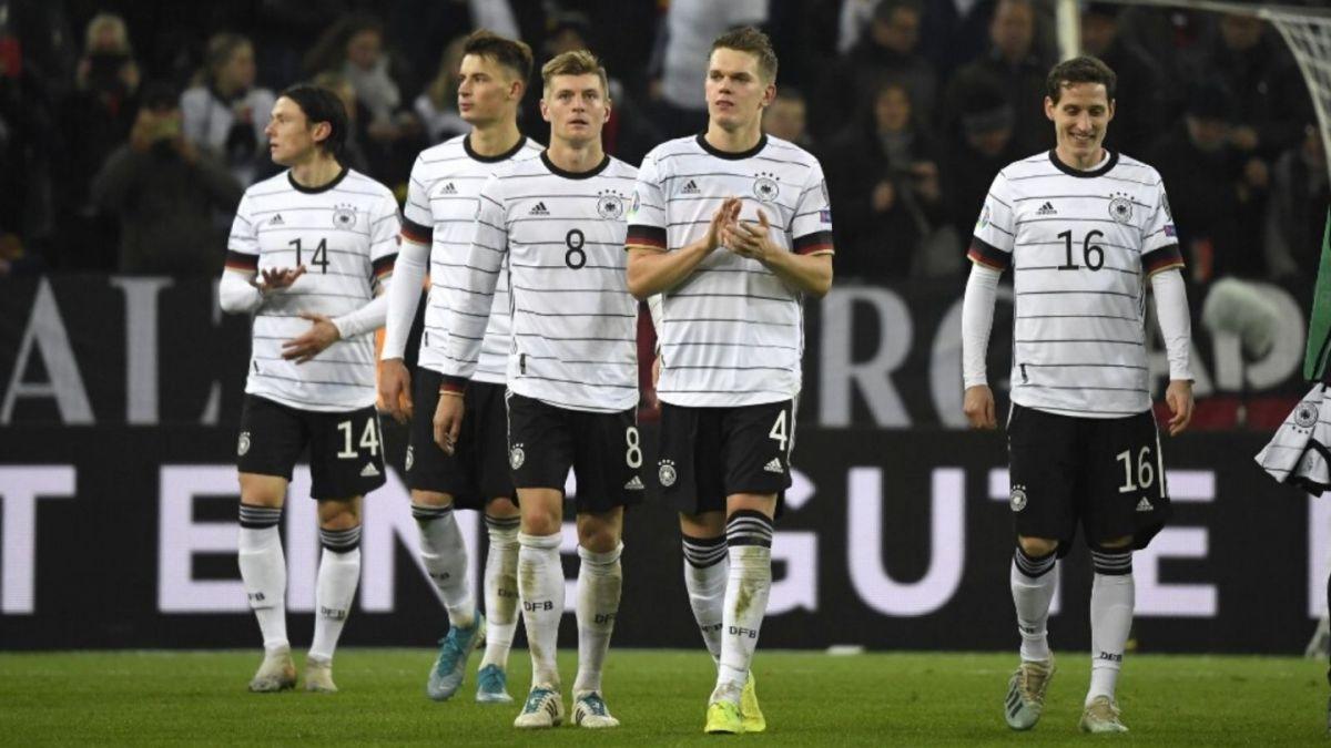 La selección alemana amenaza con no jugar en países donde se discriminen a las mujeres