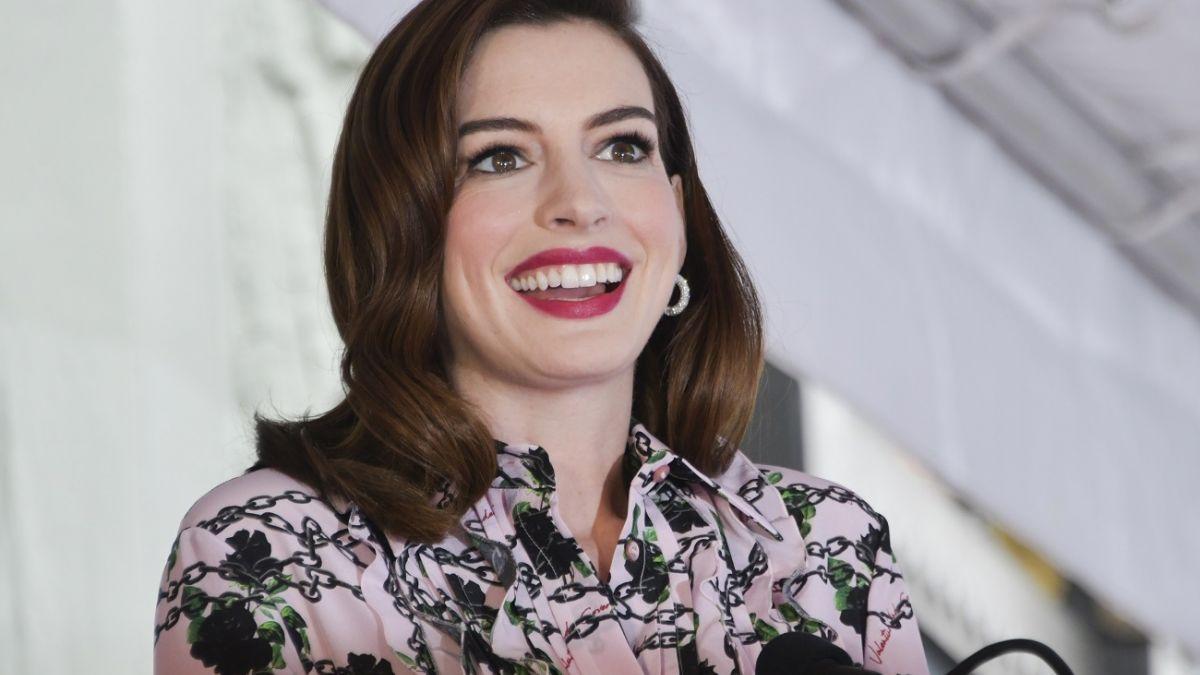 Las fotos que evidencian que Anne Hathaway se convirtió en madre por segunda vez