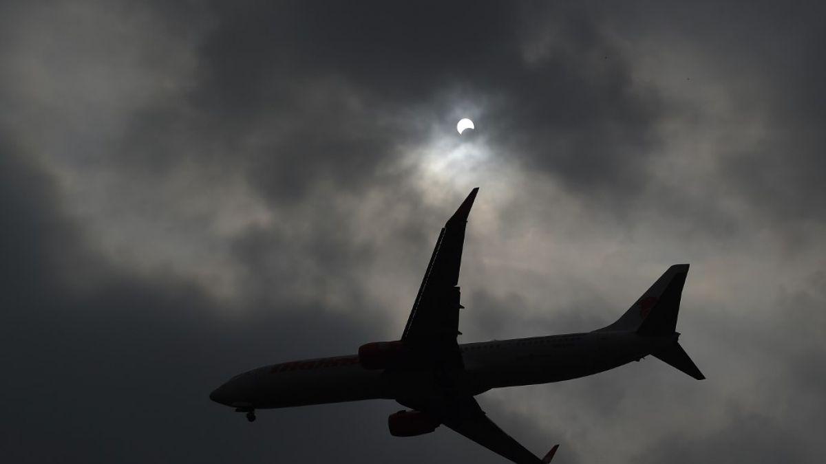 Prohíben a aviones civiles de Estados Unidos sobrevolar Irak, Irán y el Golfo