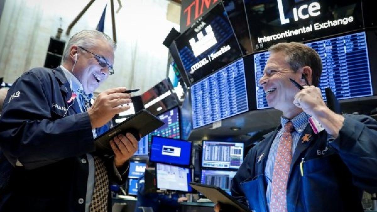 Mercados operan con ganancias tras mensaje de Trump en el que apelará a sanciones económicas a Irán