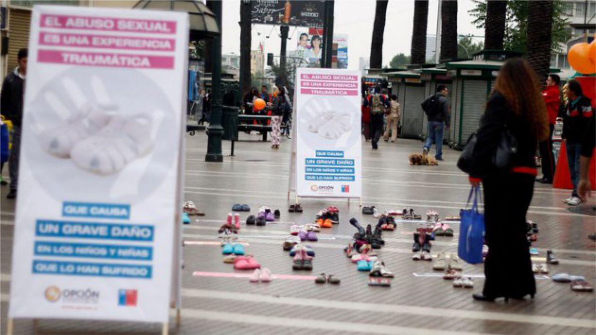 Intervención urbana llama a prevenir abuso infantil
