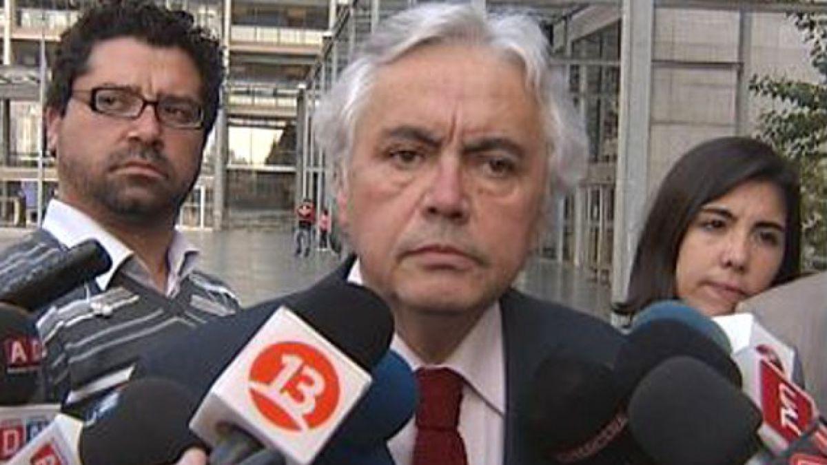 [27-F] Abogado de Fernández critica interés de involucrar a Bachelet