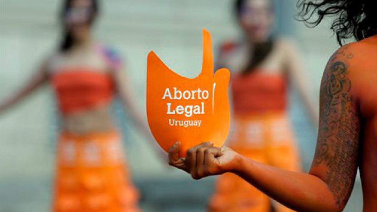 Comienza a regir despenalización del aborto en Uruguay