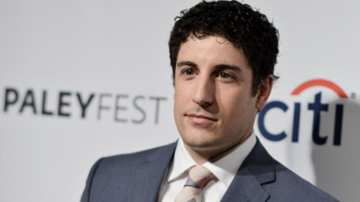 """Actor de """"American Pie"""" se disculpa públicamente por tuit sobre tragedia de avión malasio"""