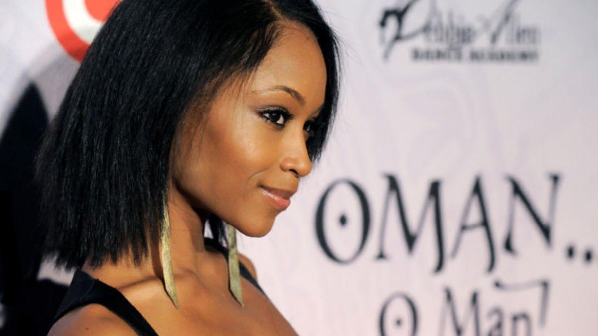 Revelan cómo lucirá la protagonista de película sobre la vida de Whitney Houston