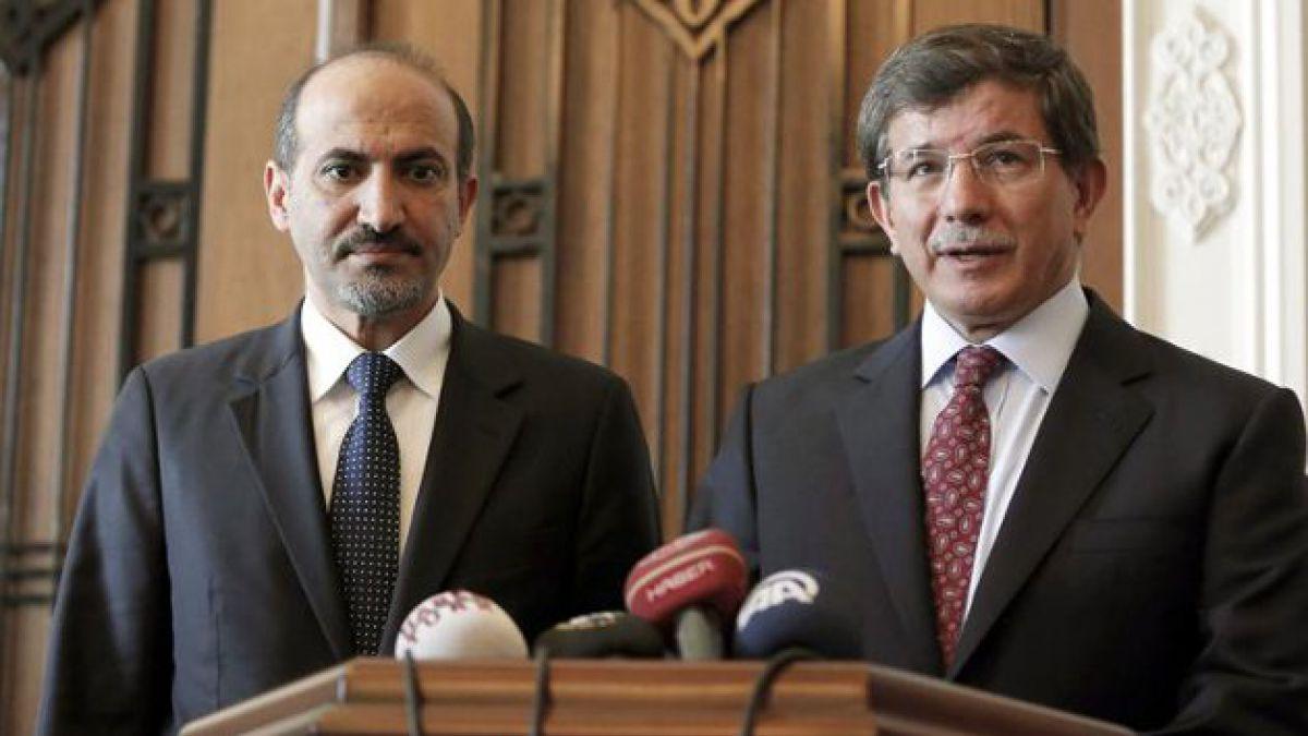 Coalición Nacional Siria se compromete en contra de armas químicas