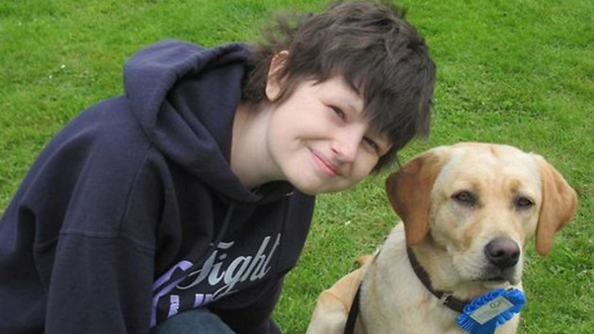 Falleció Alice Pyne, joven con cáncer que cumplió lista de deseos