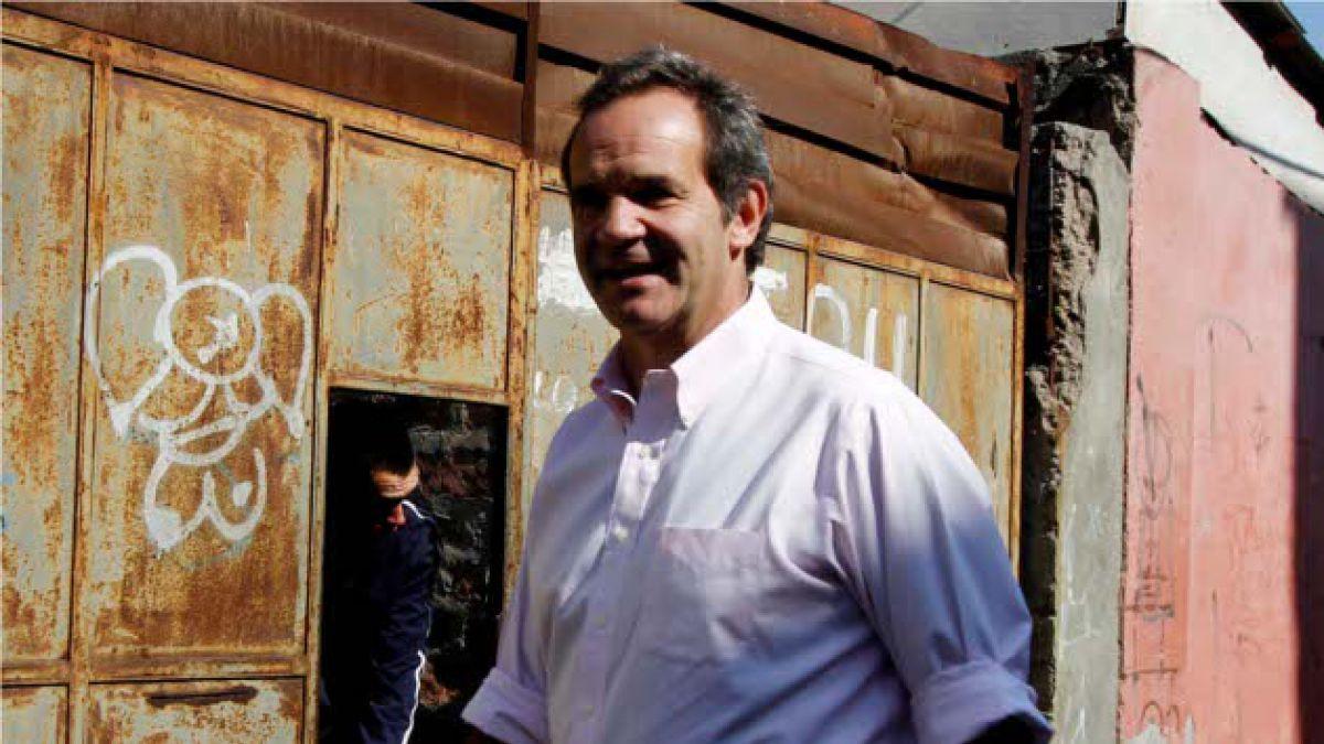 """Andrés Allamand por retiro de proyectos educacionales: """"Es una medida incoherente"""""""