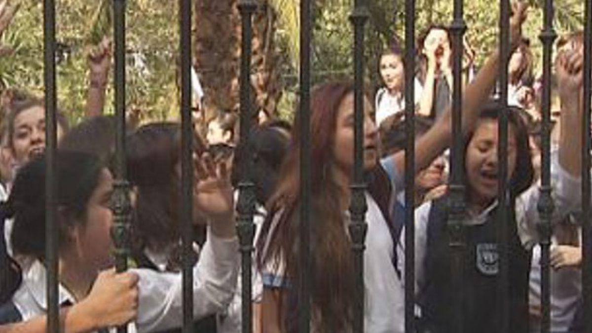 Corte de Apelaciones niega ingreso inmediato a ex alumnas del Liceo Carmela Carvajal