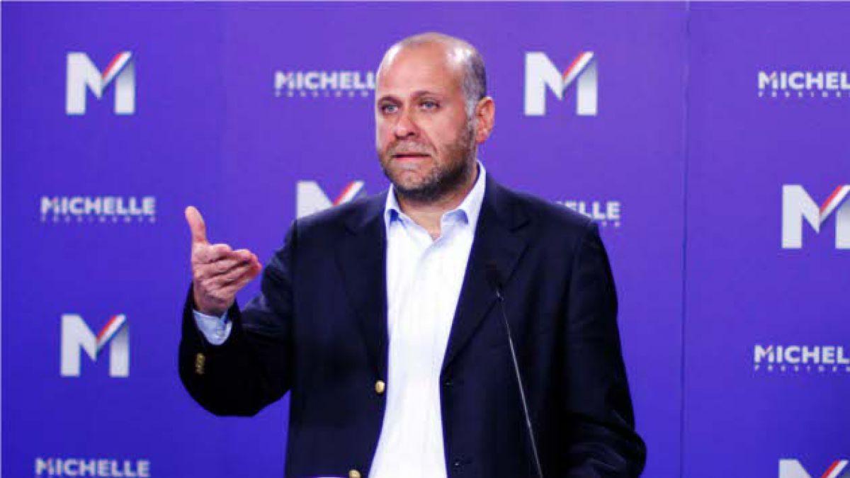 """Vocero de Bachelet: Espero que Presidente no sea un """"rehén de la UDI"""""""