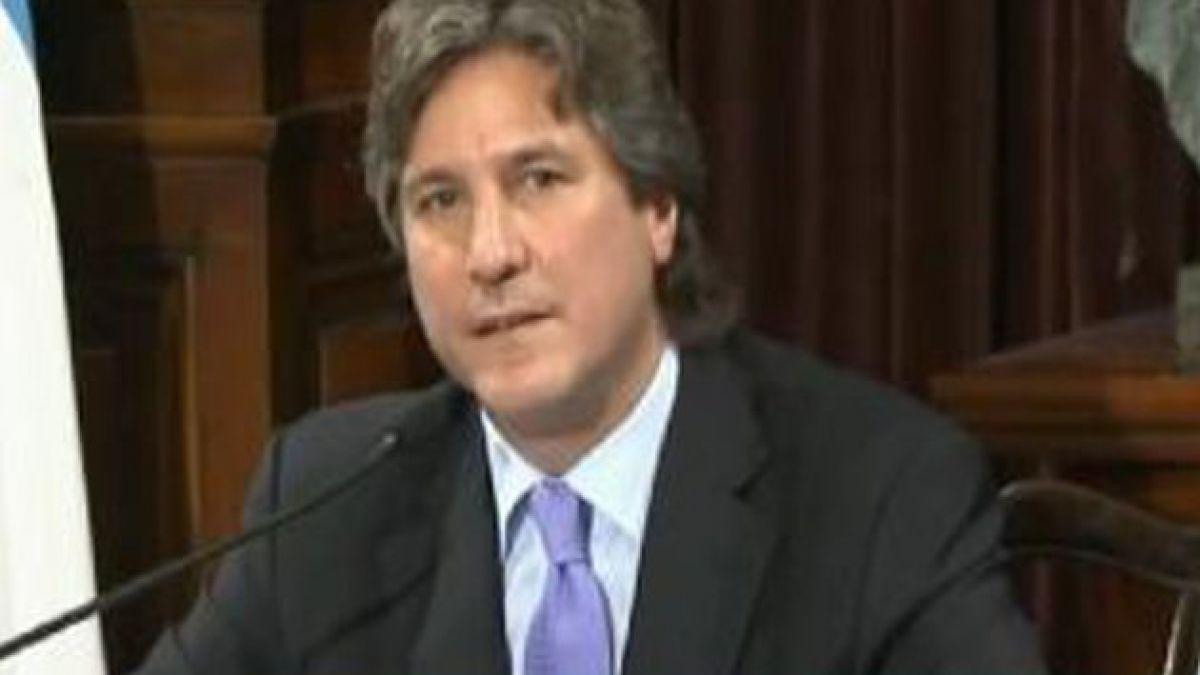 Vicepresidente argentino es acusado de enriquecimiento ilícito