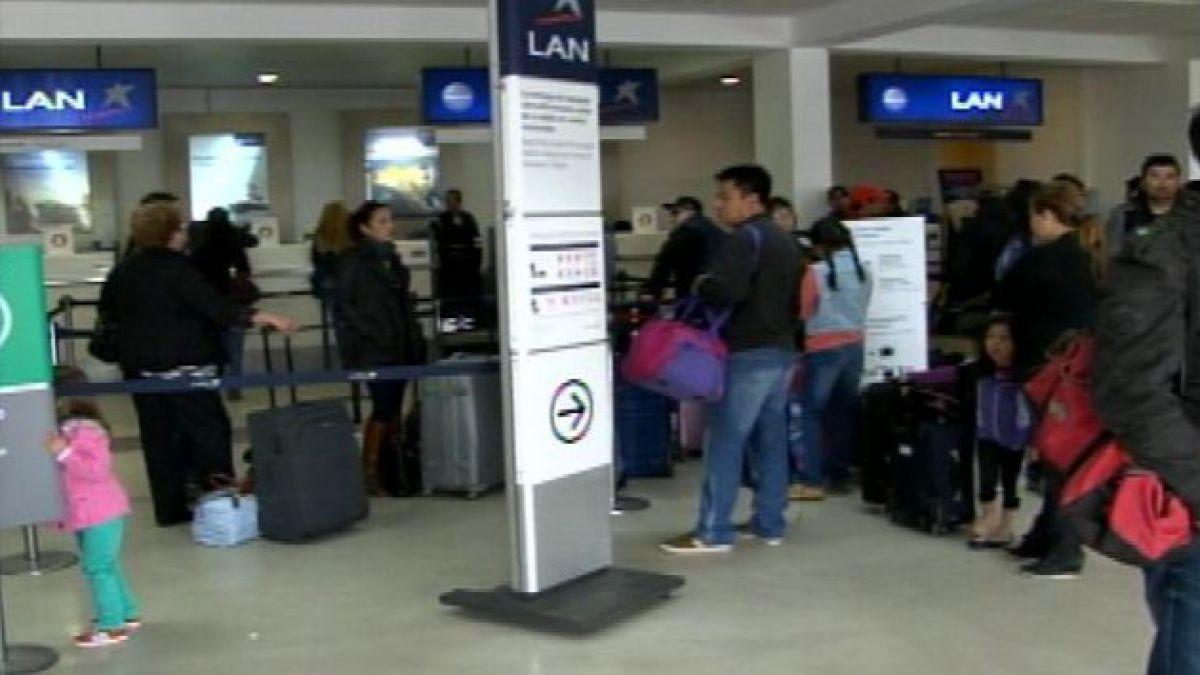Reabren aeropuerto de Antofagasta tras retiro de avión accidentado