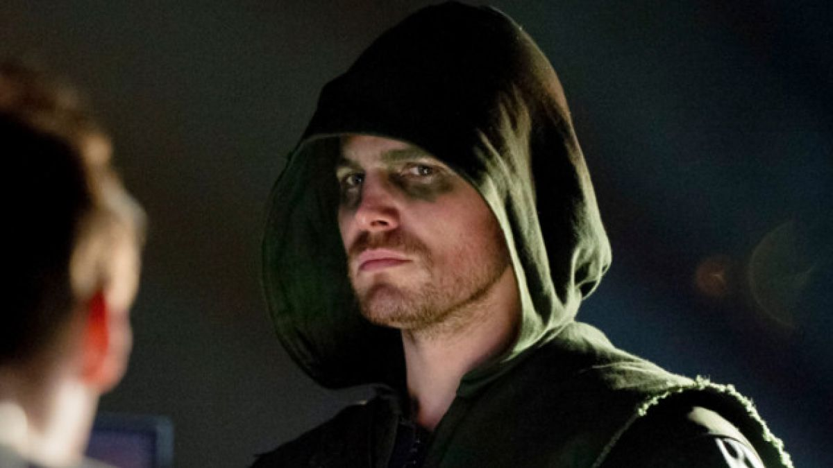 "Protagonista de ""Arrow"" descarta participación en película de Superman y Batman"