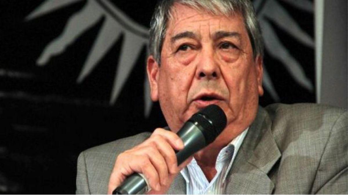 Presidente de la CUT anuncia querella por provocación y maltrato de Carabineros